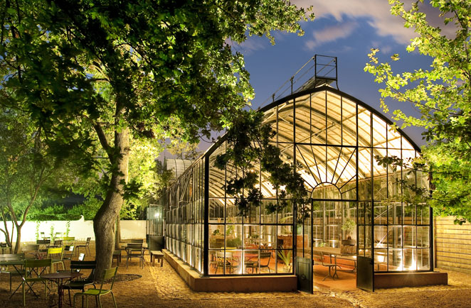 3.GREENHOUSE AT NIGHT